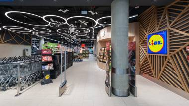 THE FIRST LIDL STORE FORMAT IN A SHOPPING PASSAGE